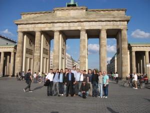 Gruppen Foto Brandenburger Tor