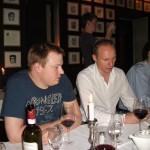 Heiko Häusler  Tobias Knoof beim Abendessen